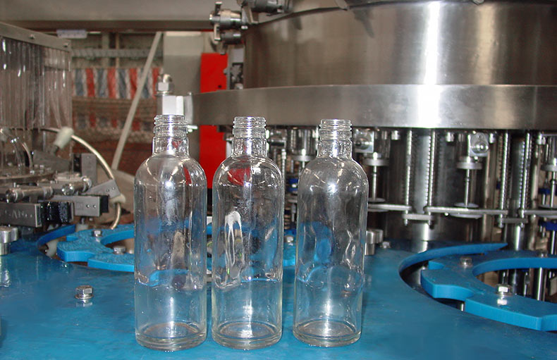 glass-bottle-carbonated-drink-filling-machine-6